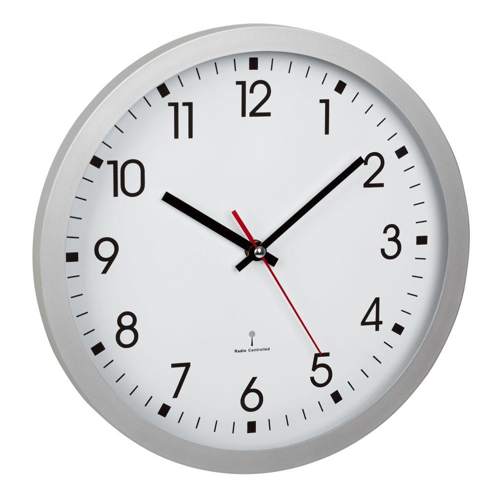 Analogové nástěnné hodiny řízené rádiovým DCF signálem TFA 60.3522.02 - stříbrné
