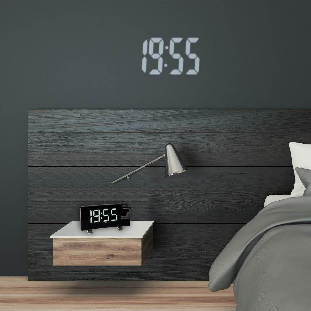 Digitální budík s projekcí, rádiem a možností nabíjení TFA 60.5015.02 - bílé LED číslice